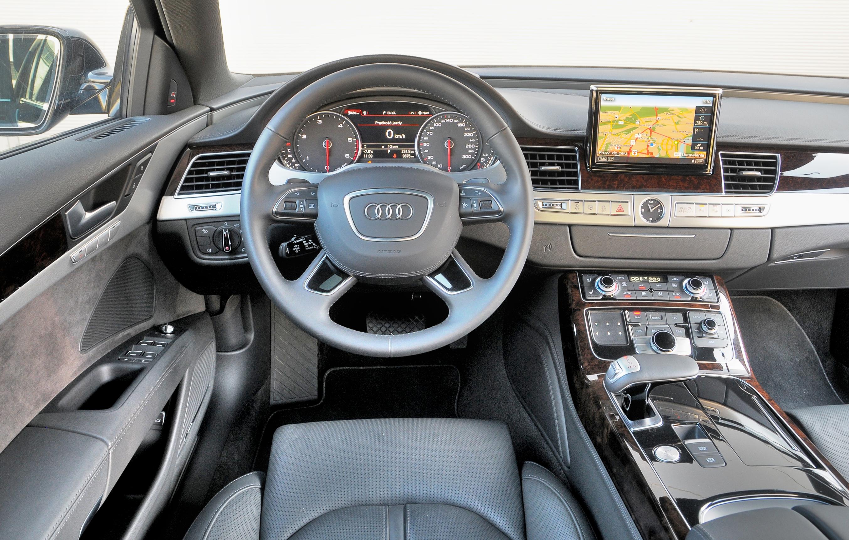 Audi-A8-D4_3