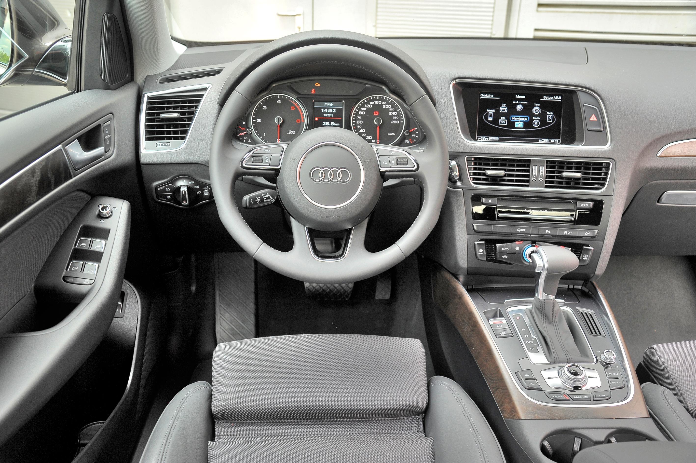 Audi-Q5-8R_3