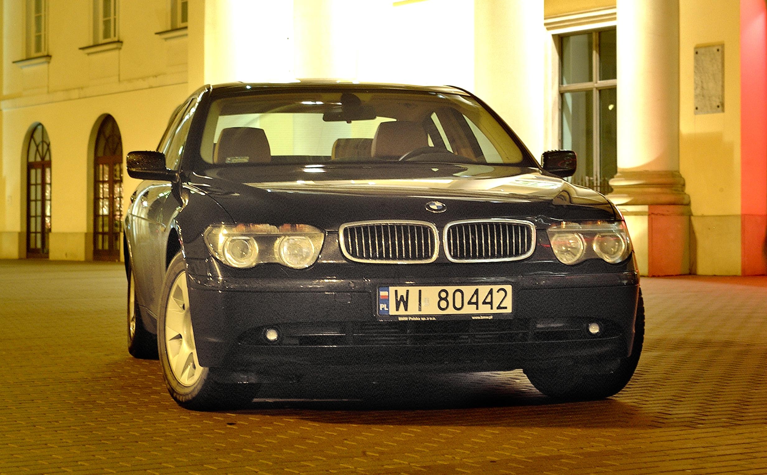 BMw-serii-7-E65_4