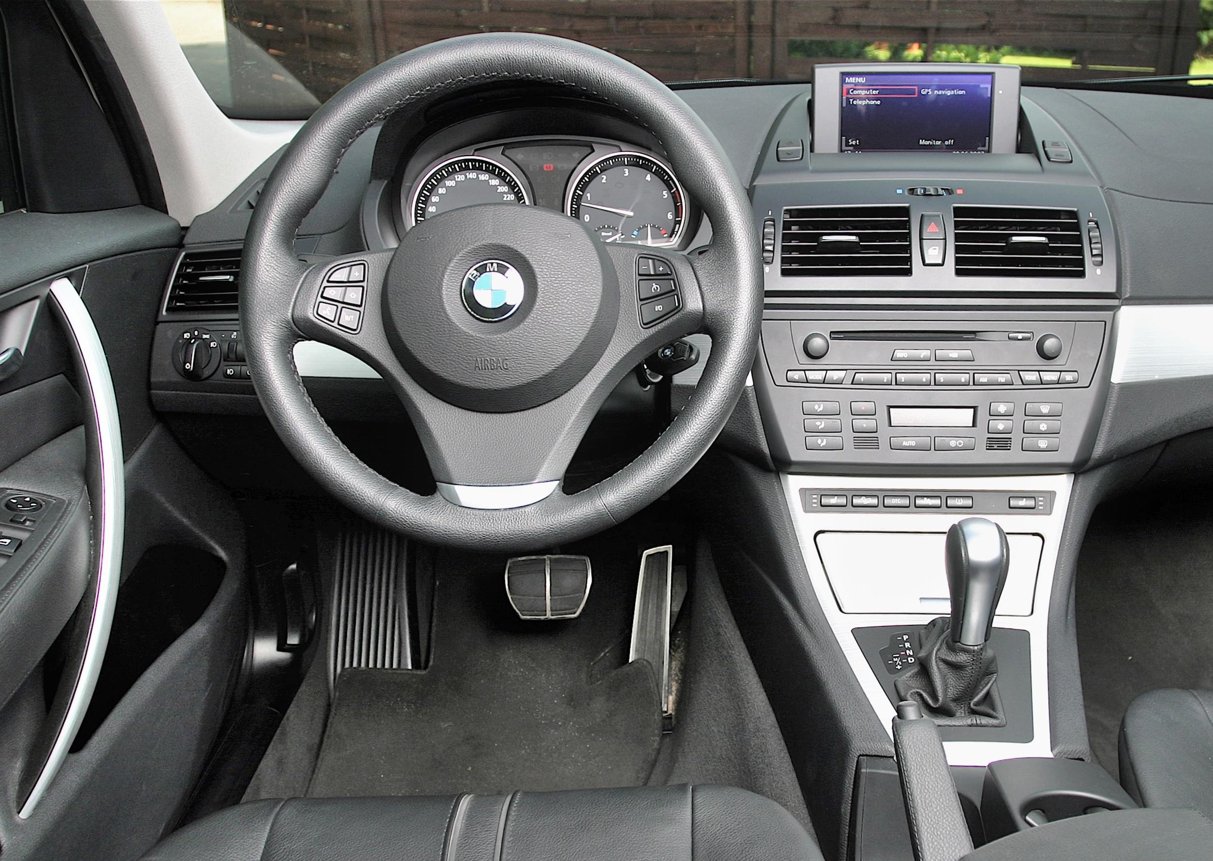 BMW-X3-E83_3