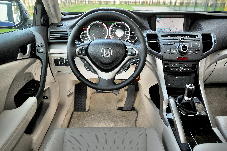 Honda-Accord-VIII_3
