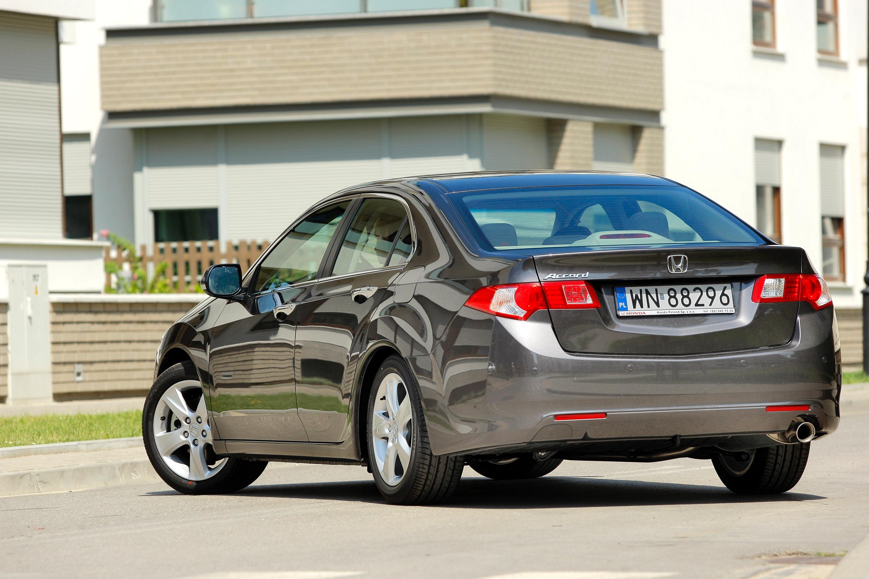 Honda-Accord-VIII_6