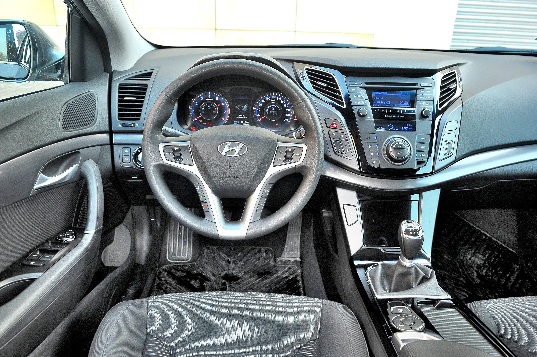 Hyundai-i40_3