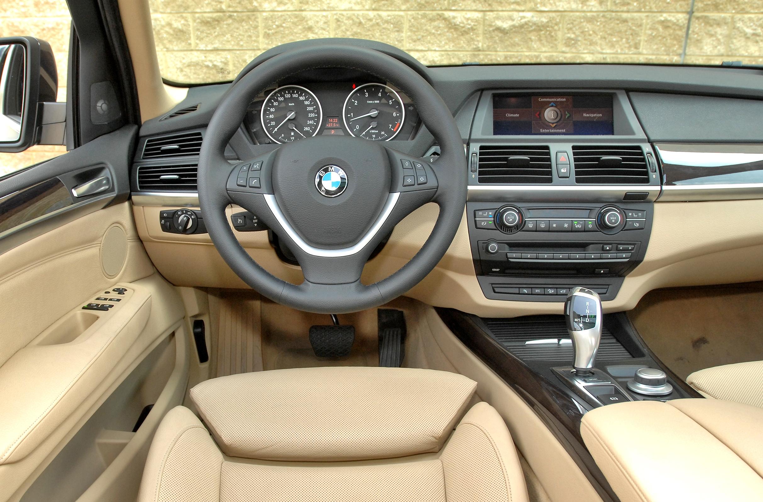 BMW-X5-E70_3