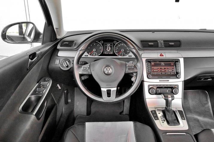 Volkswagen-Passat-B6_3