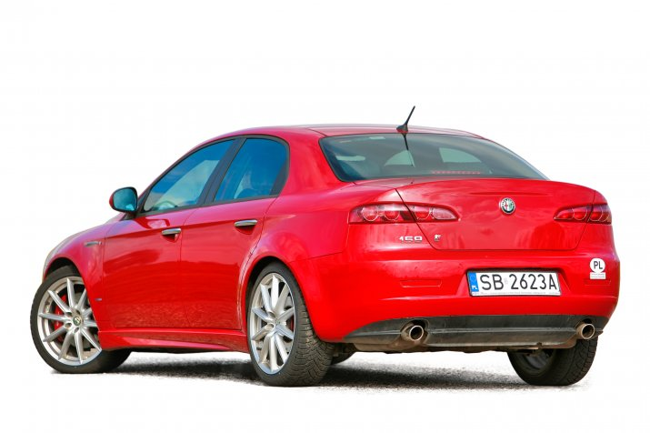 Alfa-Romeo-159_2