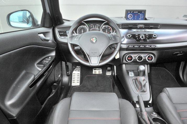 Alfa-Romeo-Giulietta_3