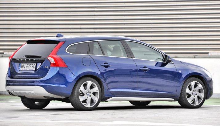 Volvo-V60-I-Cross-Country_4