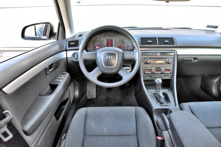 Audi-A4-B7_3