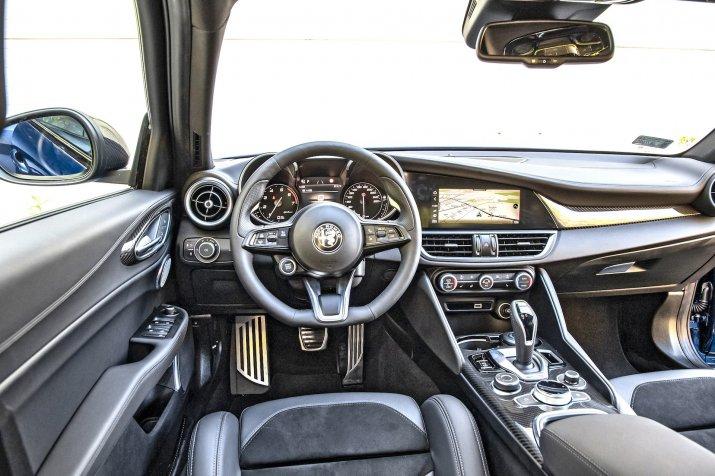 Alfa Romeo GIulia_05