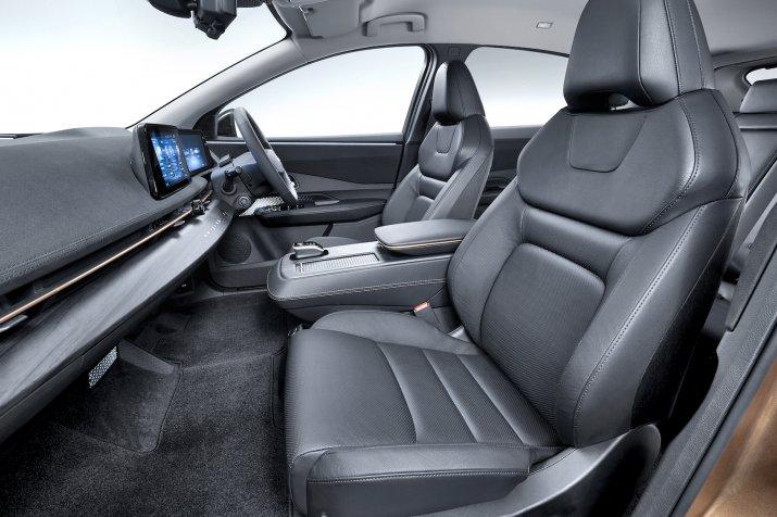 Nissan Ariya3