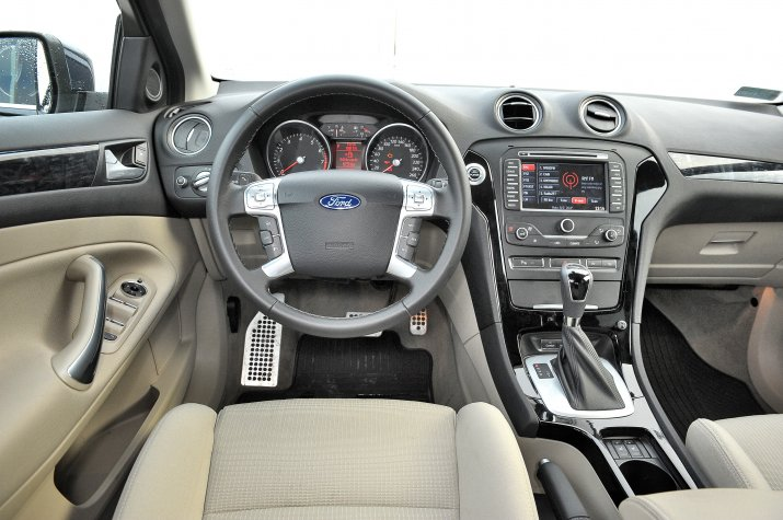 Ford-Mondeo-Mk4_3