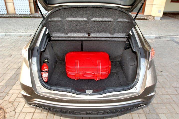 Honda-Civic-VIII_4