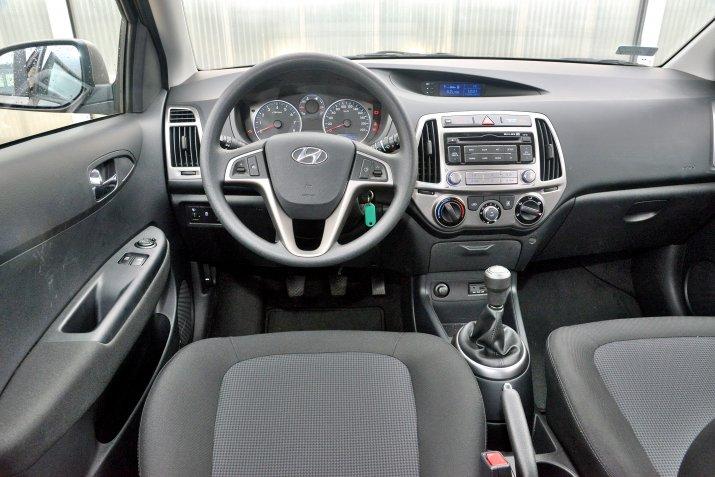 Hyundai-i20-I_3