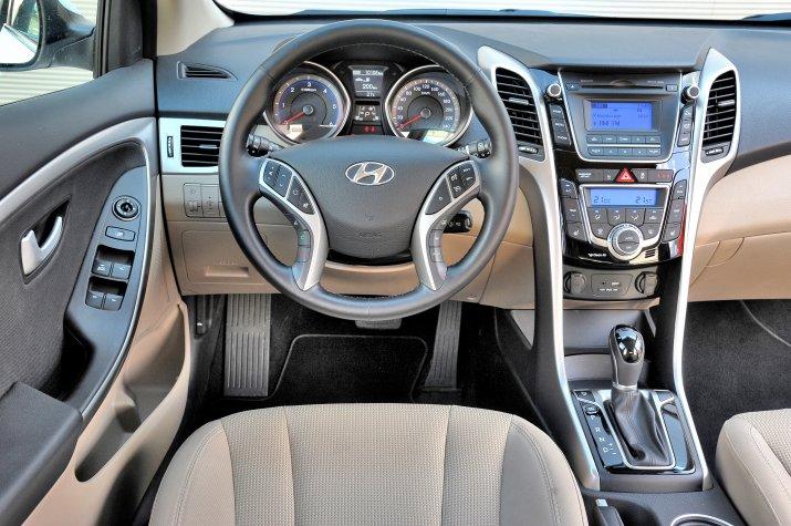 Hyundai-i30-II-GD_3