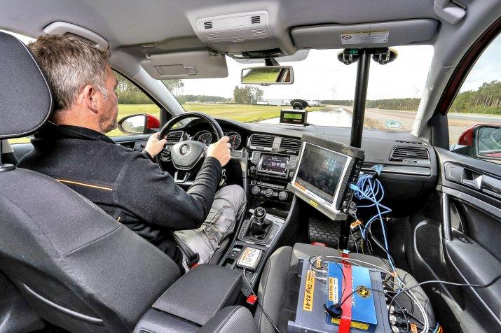Test hamowania przy dużych prędkościach