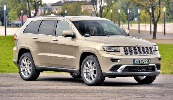 Jeep-Grand-Cherokee-WK2_4