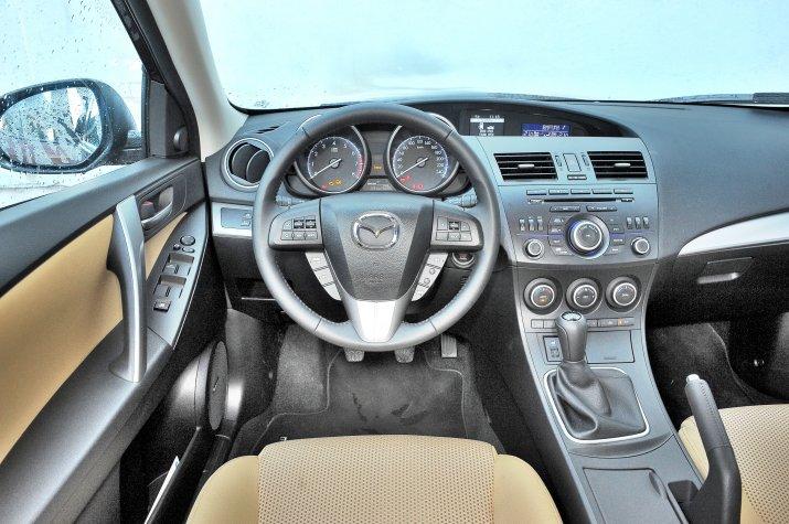 Mazda-3-II-BL_3