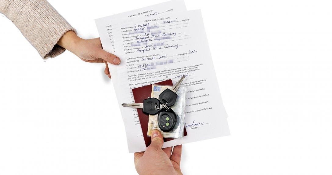 Już podczas wypełniania umowy sprzedaży pojawiają się błędy, które uniemożliwiają rejestrację pojazdu.