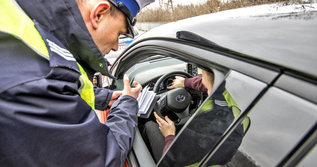 Nowe przepisy mają ograniczyć proceder fałszowania przebiegu pojazdów.