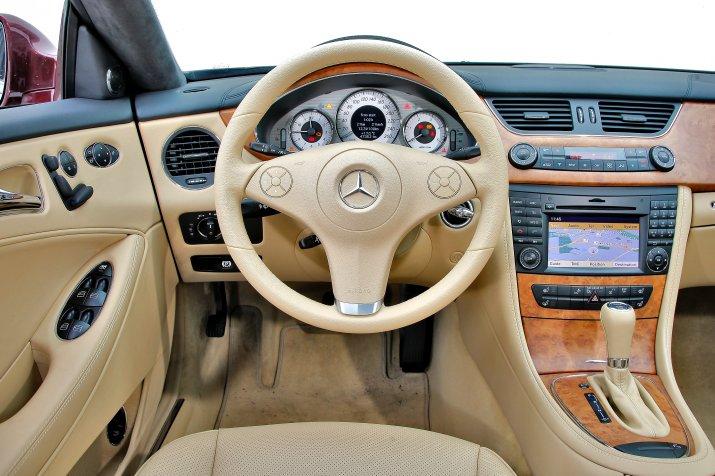 Mercedes-CLS-I-C219_3