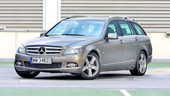Mercedes-klasy-C-S204_4