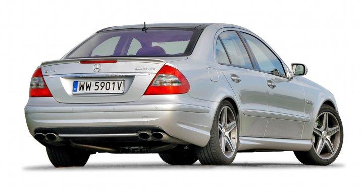 Mercedes-klasy-E-W211_2