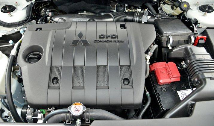 Mitsubishi-ASX_4