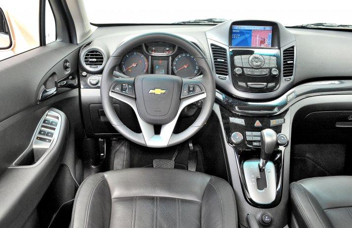 Chevrolet-Orlando-I_3