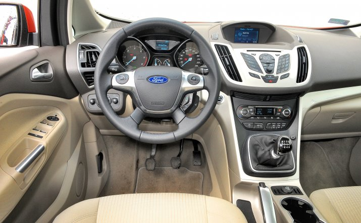 Ford-C-Max-II_3