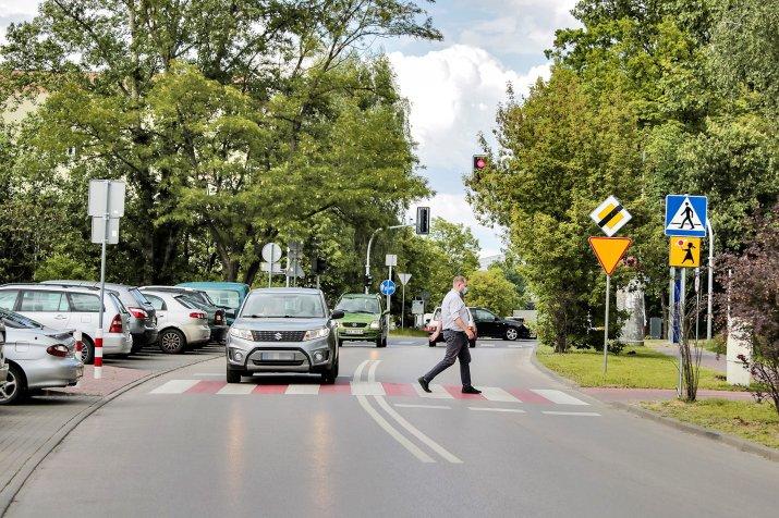 nowe zasady pierszenstwa dla pieszych-OPF-20200526-89