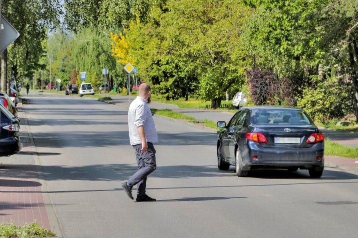 nowe zasady pierszenstwa dla pieszych-OPF-20200526-48