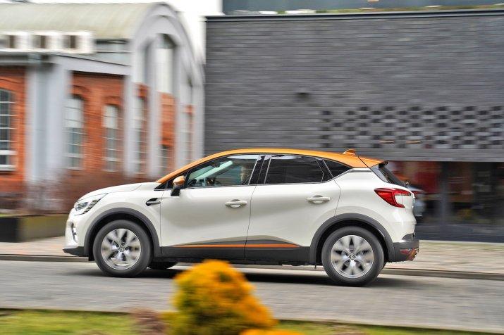 2020_Renault_Captur_08