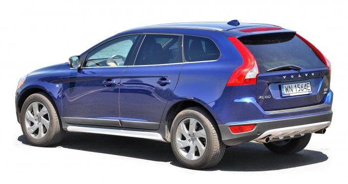 Volvo-XC60-I_2
