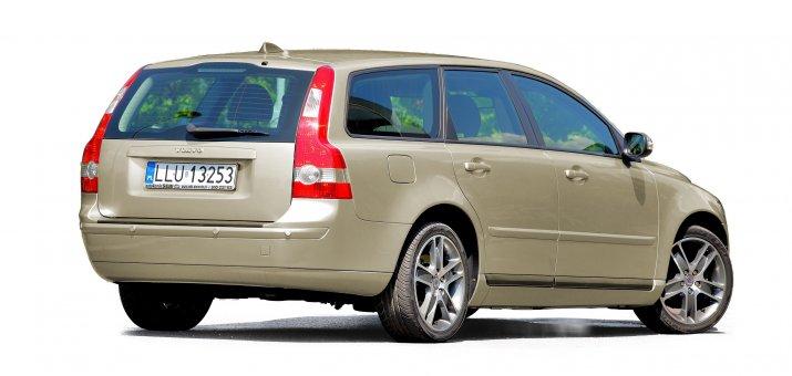Volvo-V50_2