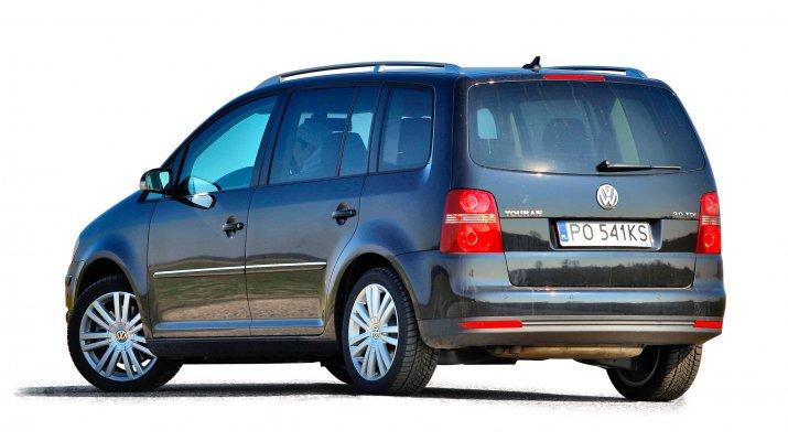 Volkswagen-Touran-I_2
