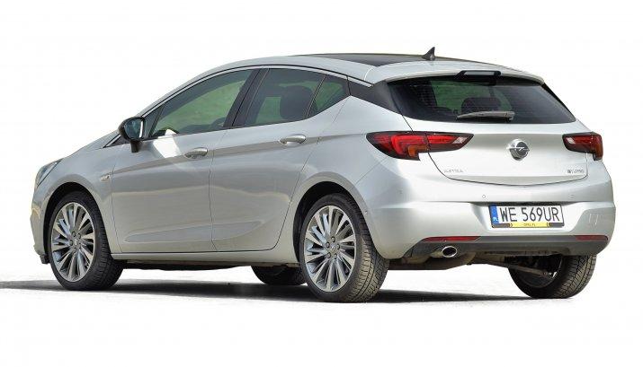 Opel-Astra-V-(K)_2