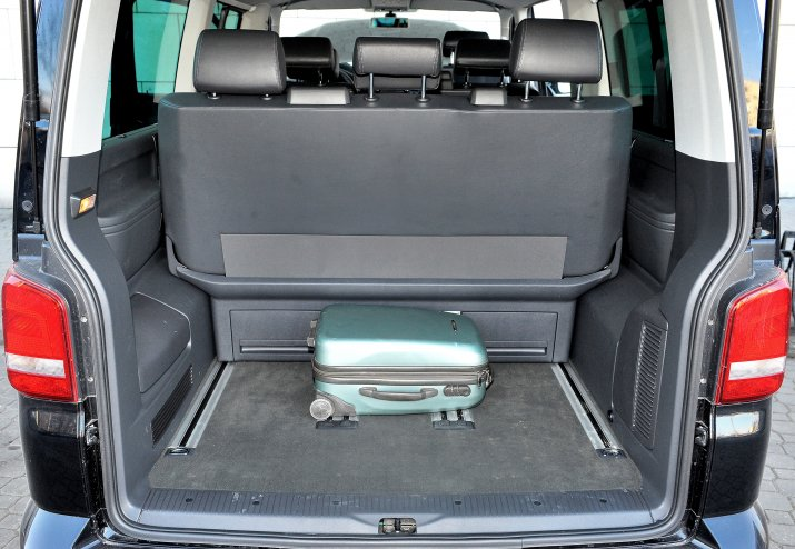 Volkswagen-Multivan-II-T5_4