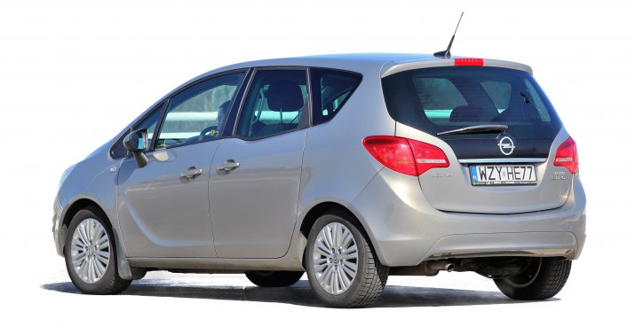 Opel-Meriva-B_2