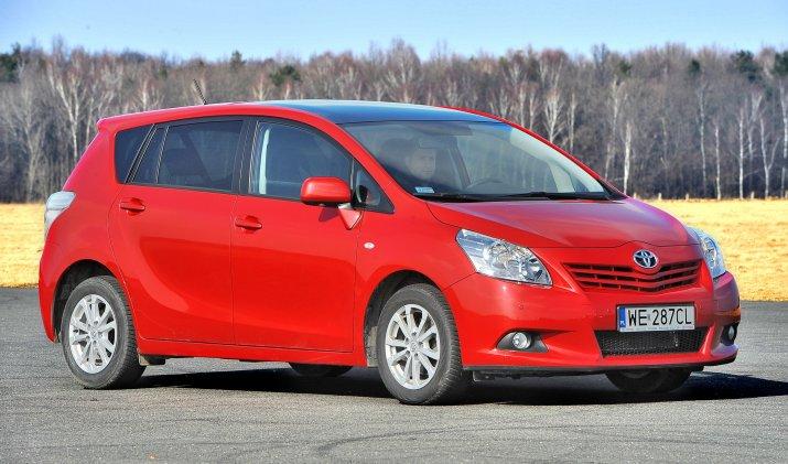 Toyota-Verso_4