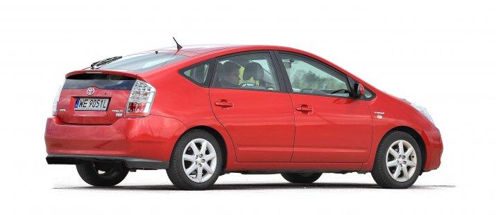 Toyota-Prius-II_2
