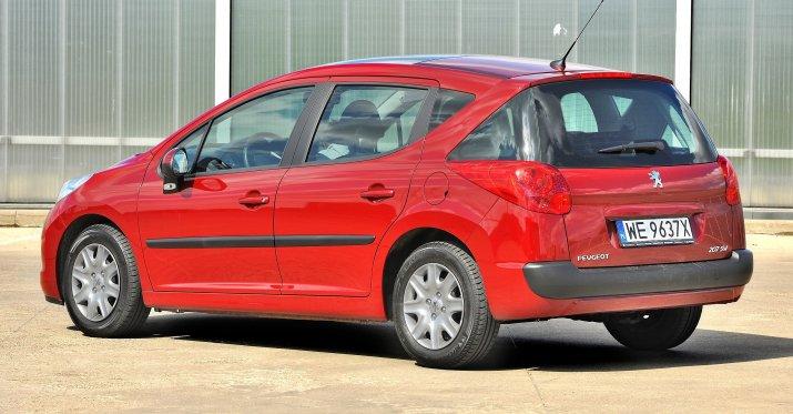Peugeot-207_5