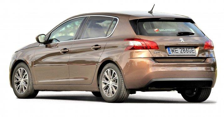 Peugeot-308-II_2