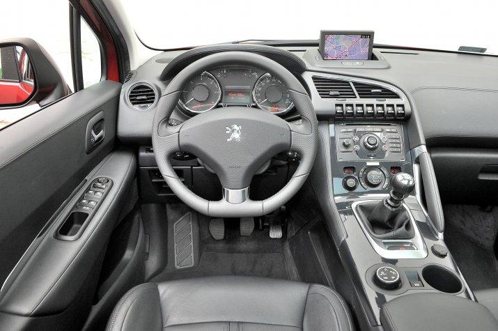 Peugeot-3008-I_3