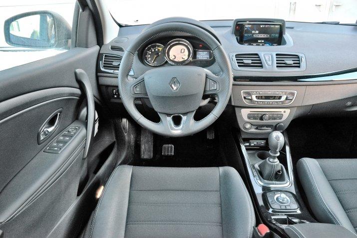 Renault-Megane-III_3