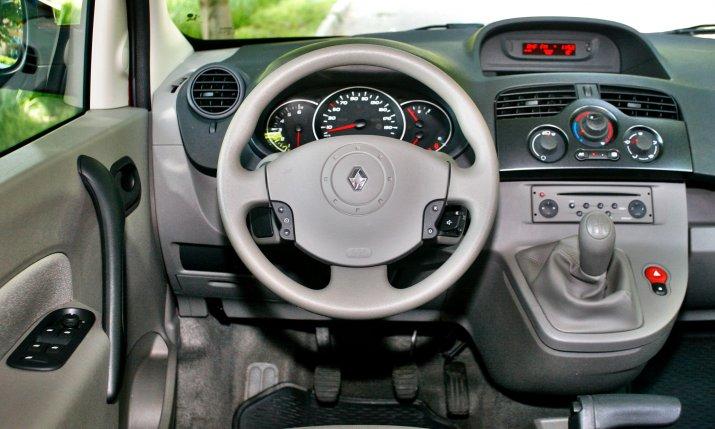 Renault-Kangoo-II_3