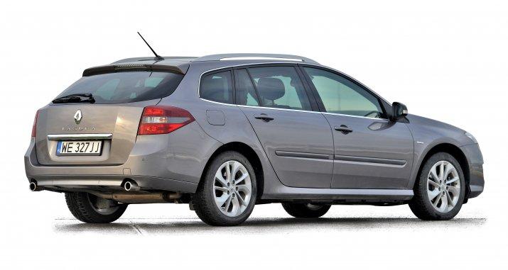 Renault-Laguna-III_2