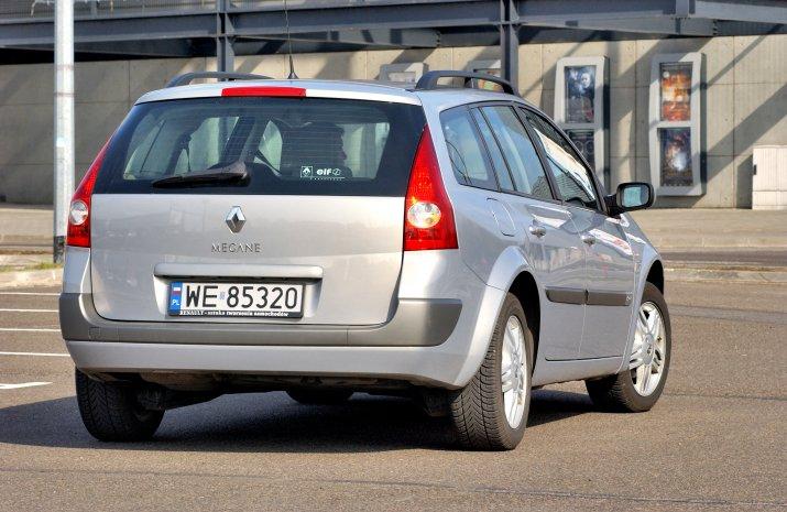 Renault-Megane-II_4