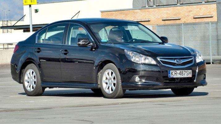 Subaru-Legacy-V_5