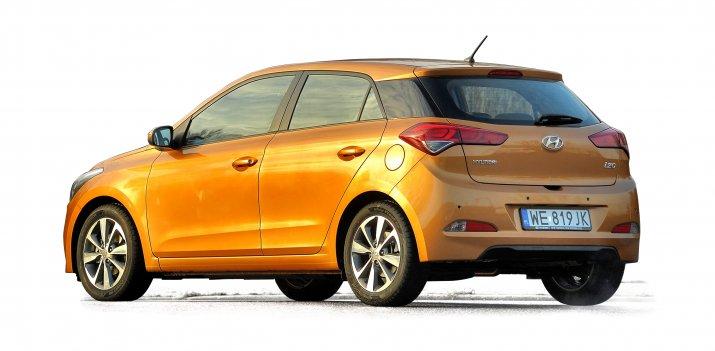 Hyundai-i20-II_2